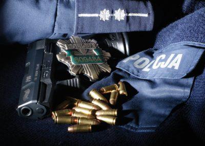 le-grafik-projekt-dyplomu-policja
