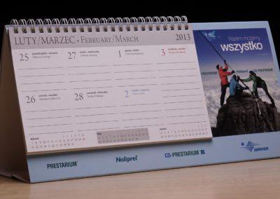 le-grafik-projekt-kalendarza-farmaceutyki